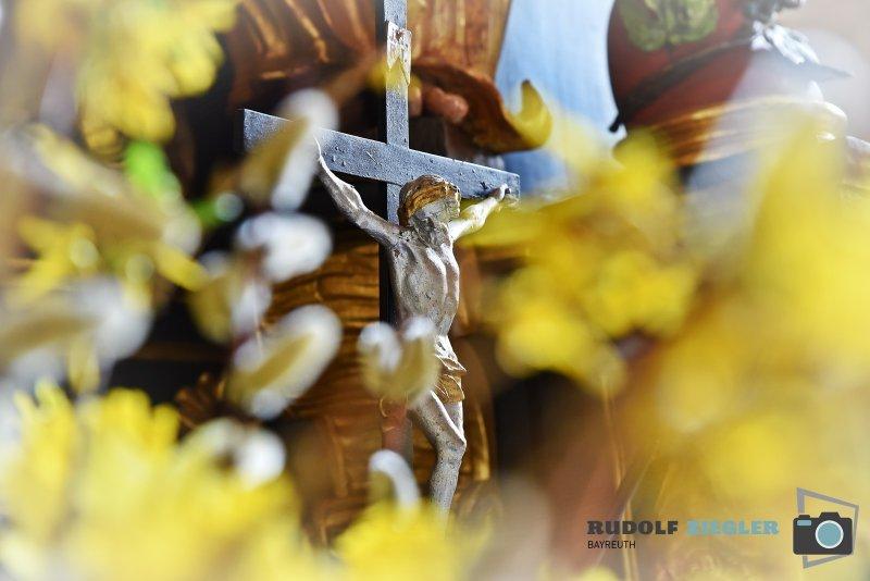 2020-04-09-St.-Bartholomäus-Kirche-Mistelgau-025-RZL