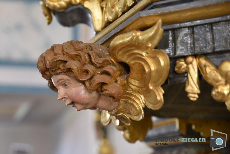 2020-04-21-Pfarrkirche-ST.-ÄGIDIUS-013-RZL
