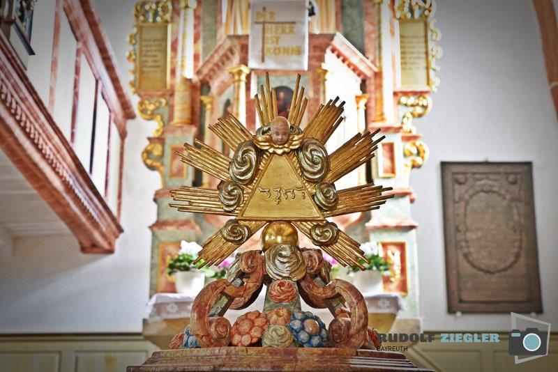 2020-08-27-Mengersdorfer-Kirche-030-RZ1L