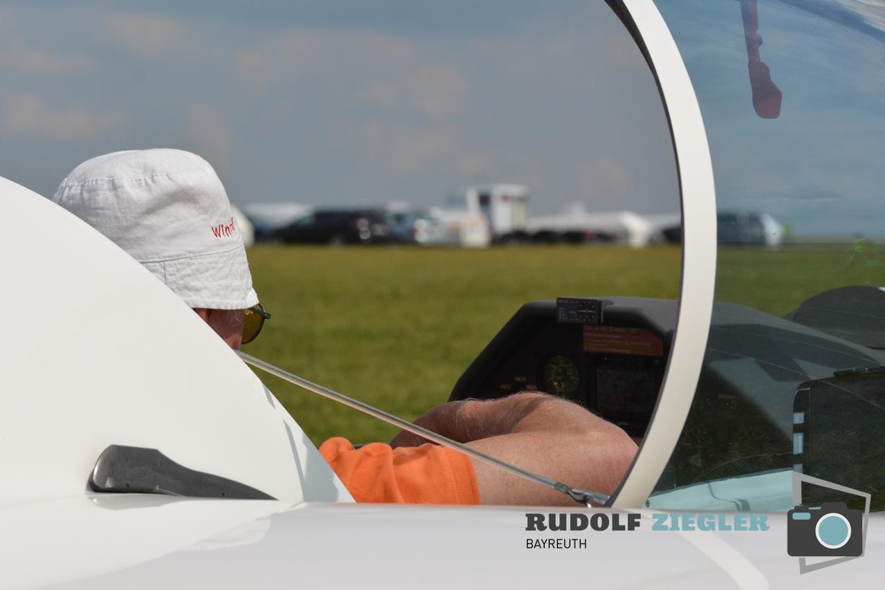 Segelfliegen - Sonntag 085-RZL
