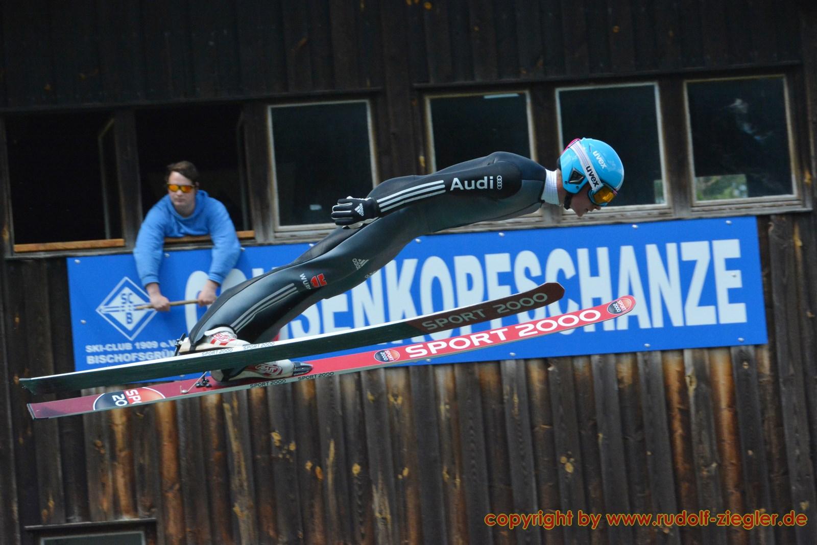 Skispringen - DSV-Saison-Opening Bischofsgrün 053-A (1600x1200)