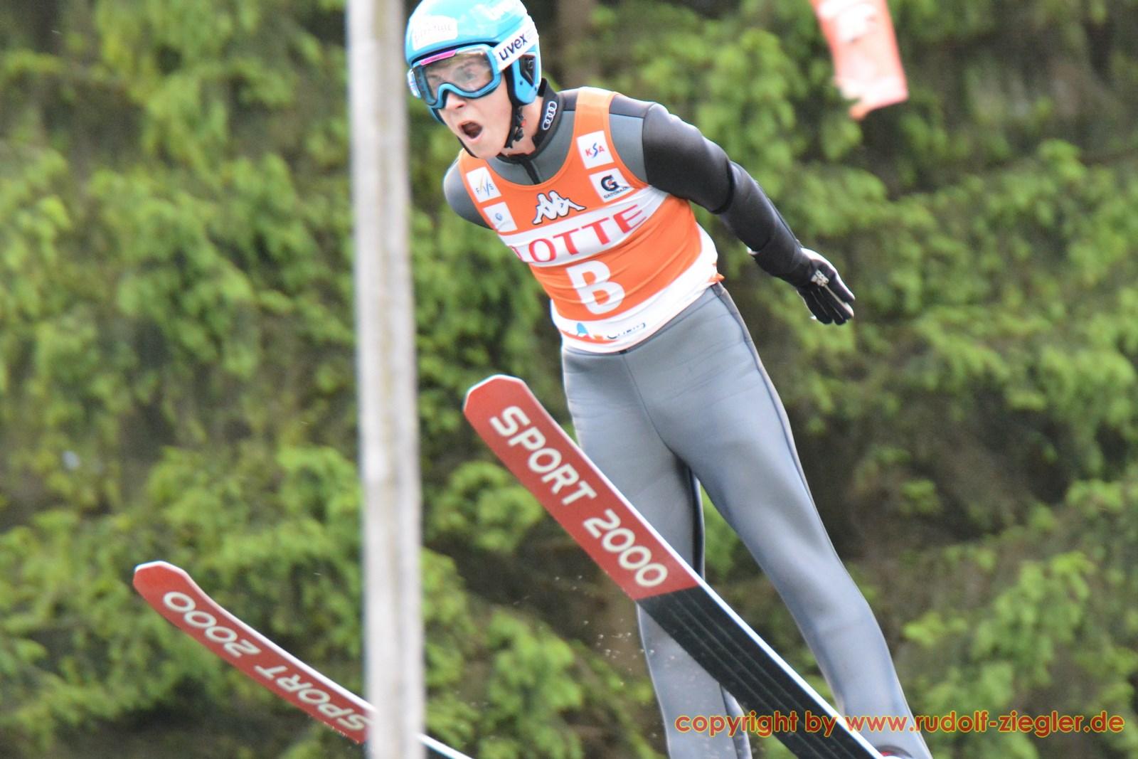Skispringen - DSV-Saison-Opening Bischofsgrün 055-A (1600x1200)