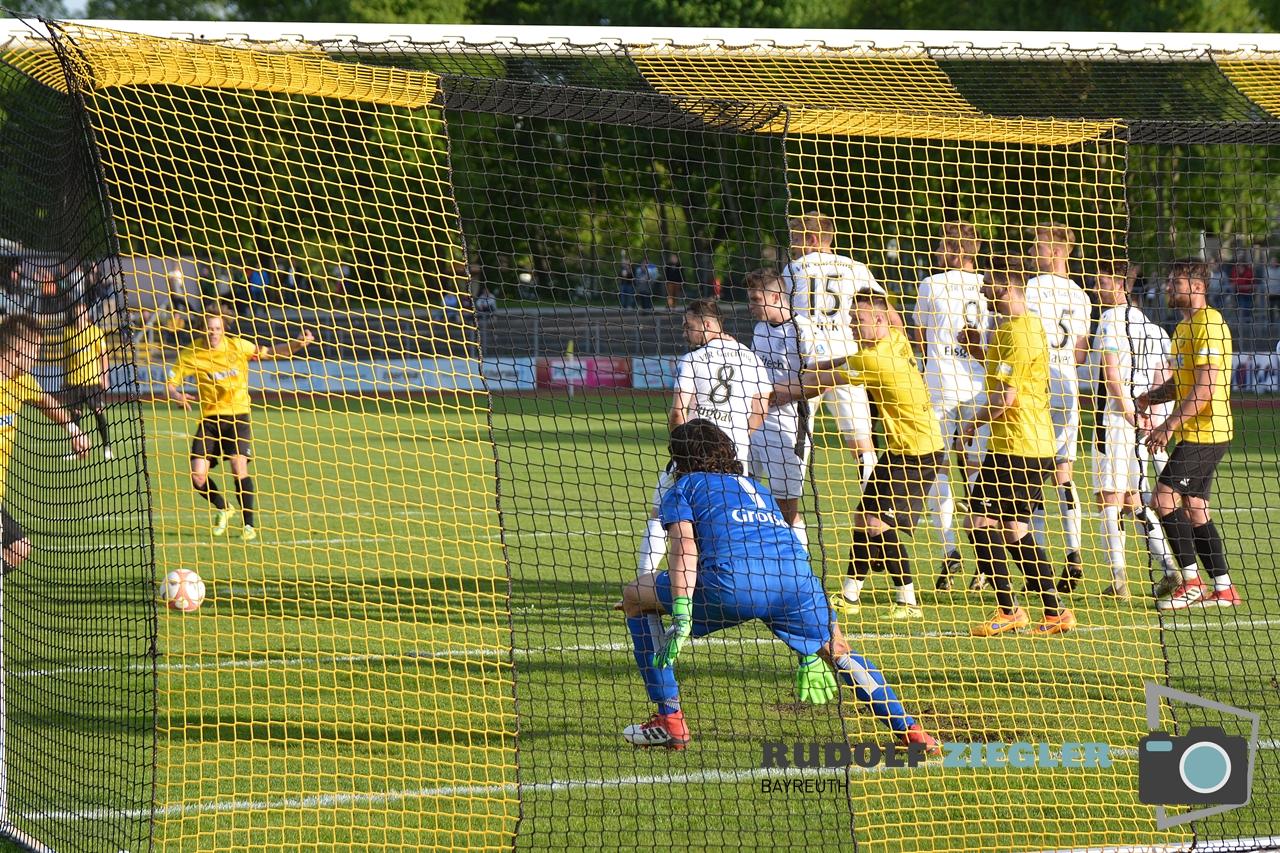 SpVgg Bayreuth vs. VfR Garching 067-RZL