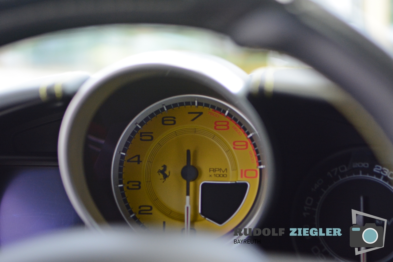 Autohaus Isert - Ferrari 033-RZ